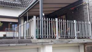 Garten - Terrasse -Balkon - Geländer