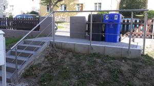Mülltonnen - Einfassung - Containement